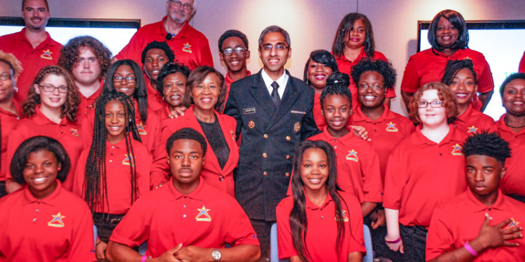 U.S. Surgeon General Says Jacksonville Teens' #FitOverFatUSA Challenge Can Be Model for Nation